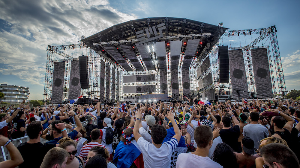 Funktion-One's Vero performs festival first at Electrobeach